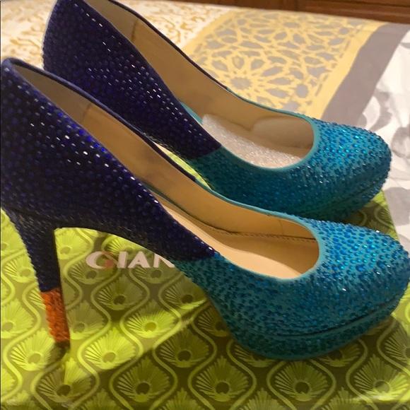 Gianni Bini Shoes - Platform multi color heel